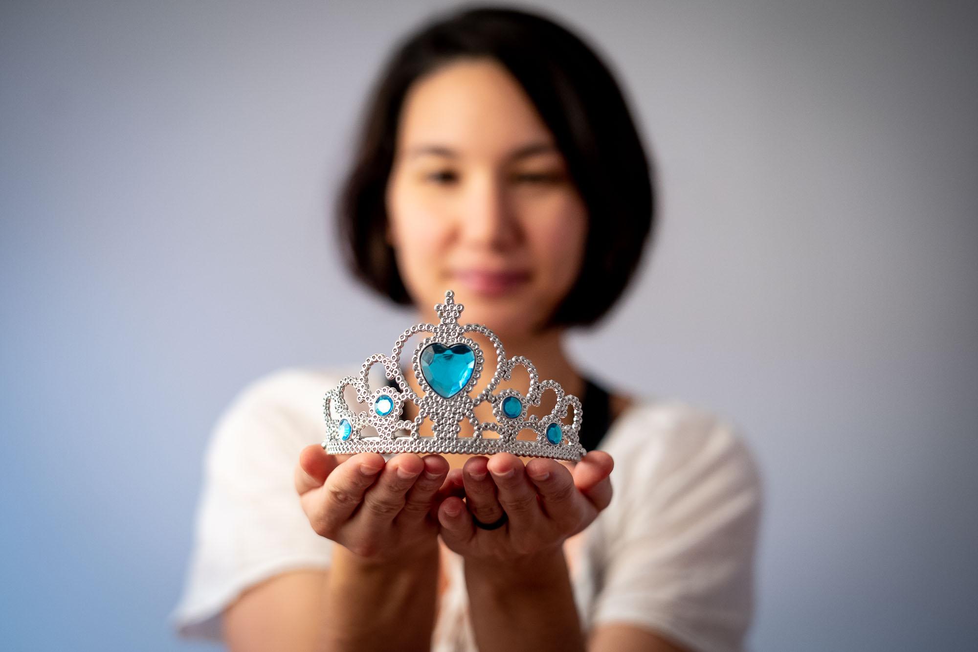 Ulya presenting our dautgher's Elsa tiara