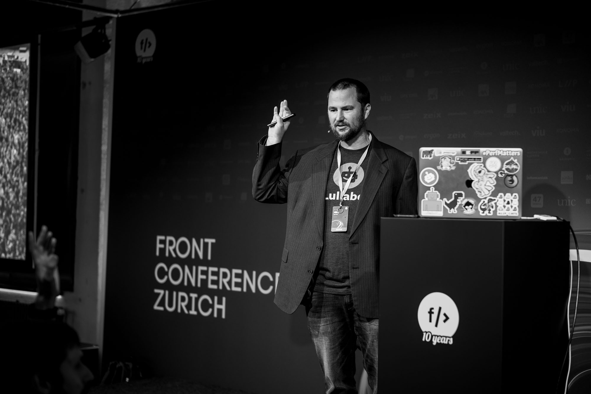 Mike Herchel on stage at Front Conference 2021