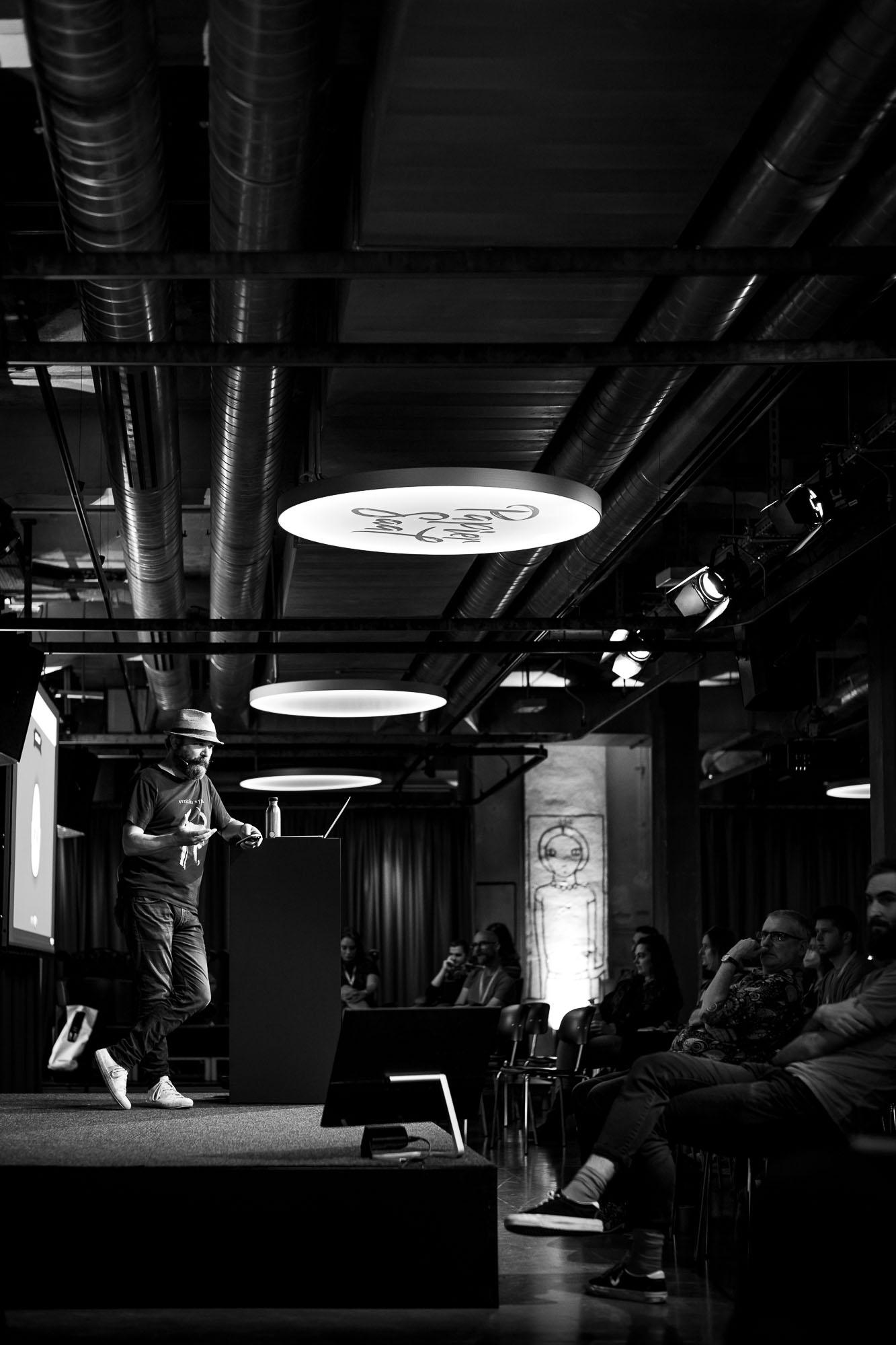 Vasilis van Gemert on stage at Front Conference 2021