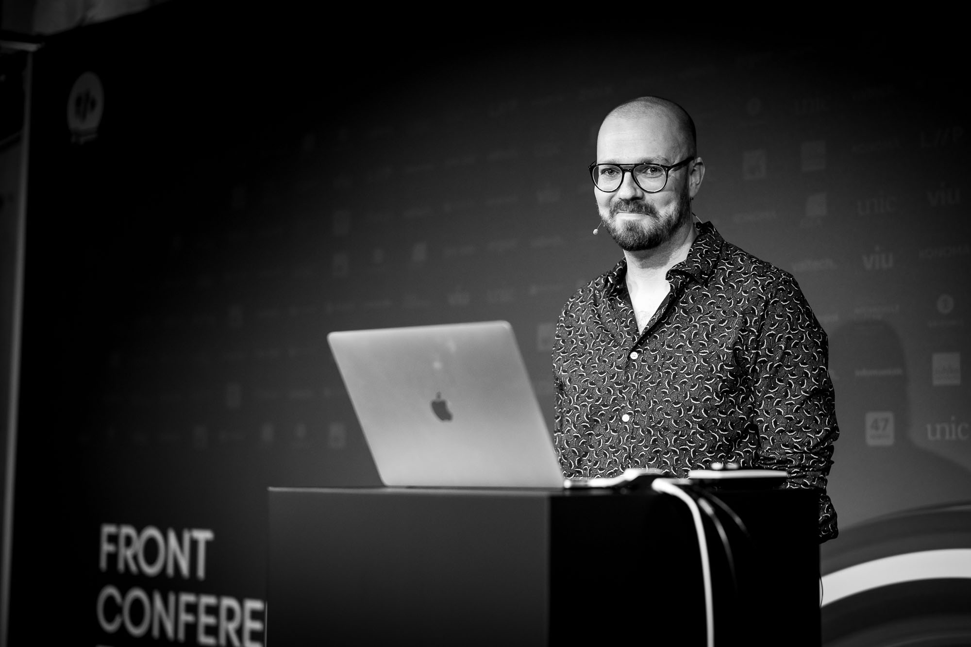 David Aerne on stage at Front Conference 2021