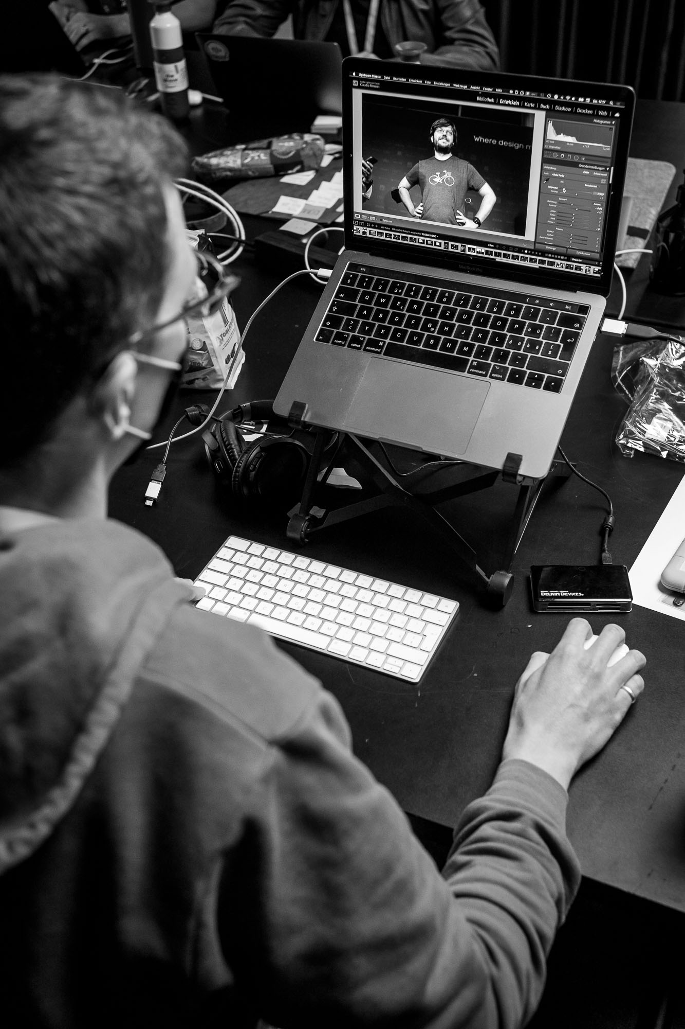 Claudio Rimann hard at work, editing all the images for Front Conference Zürich 2021