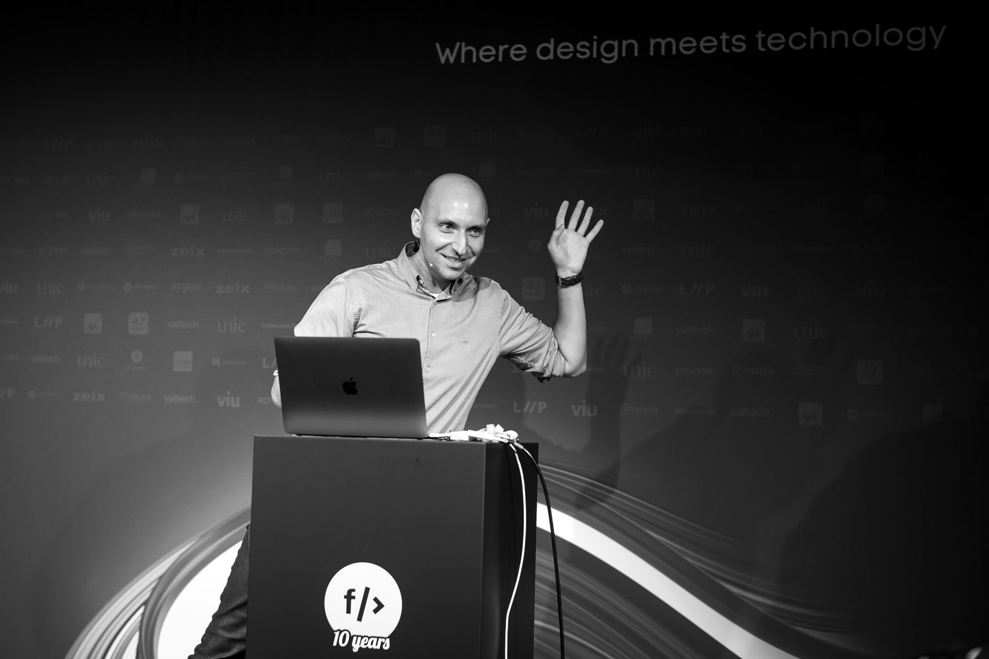 Vitaly Friedman on stage at Front Conference 2021