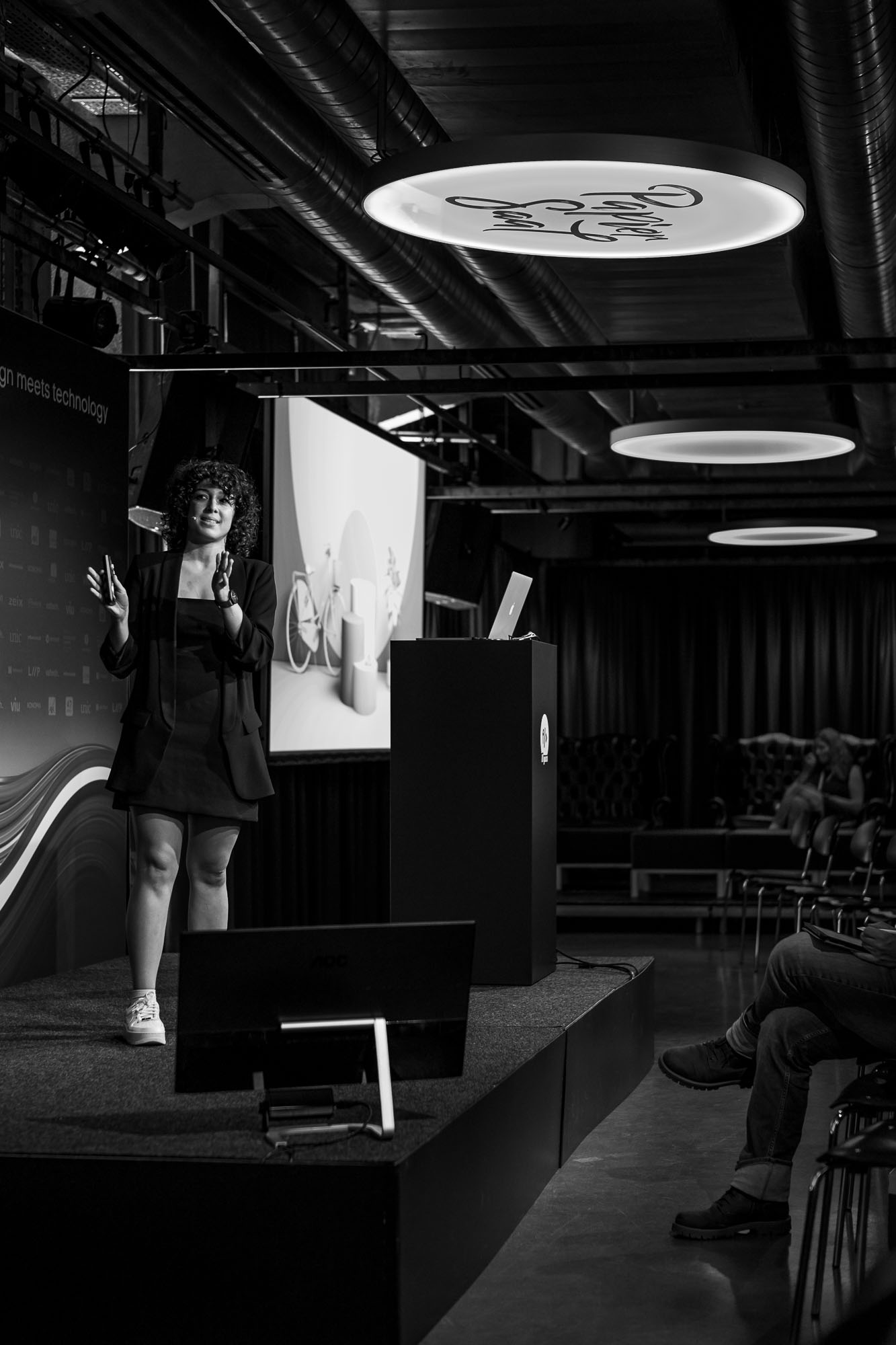 Raquel Fernandez Caamano on stage at Front Conference 2021